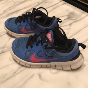 Girls size 12 Nike's